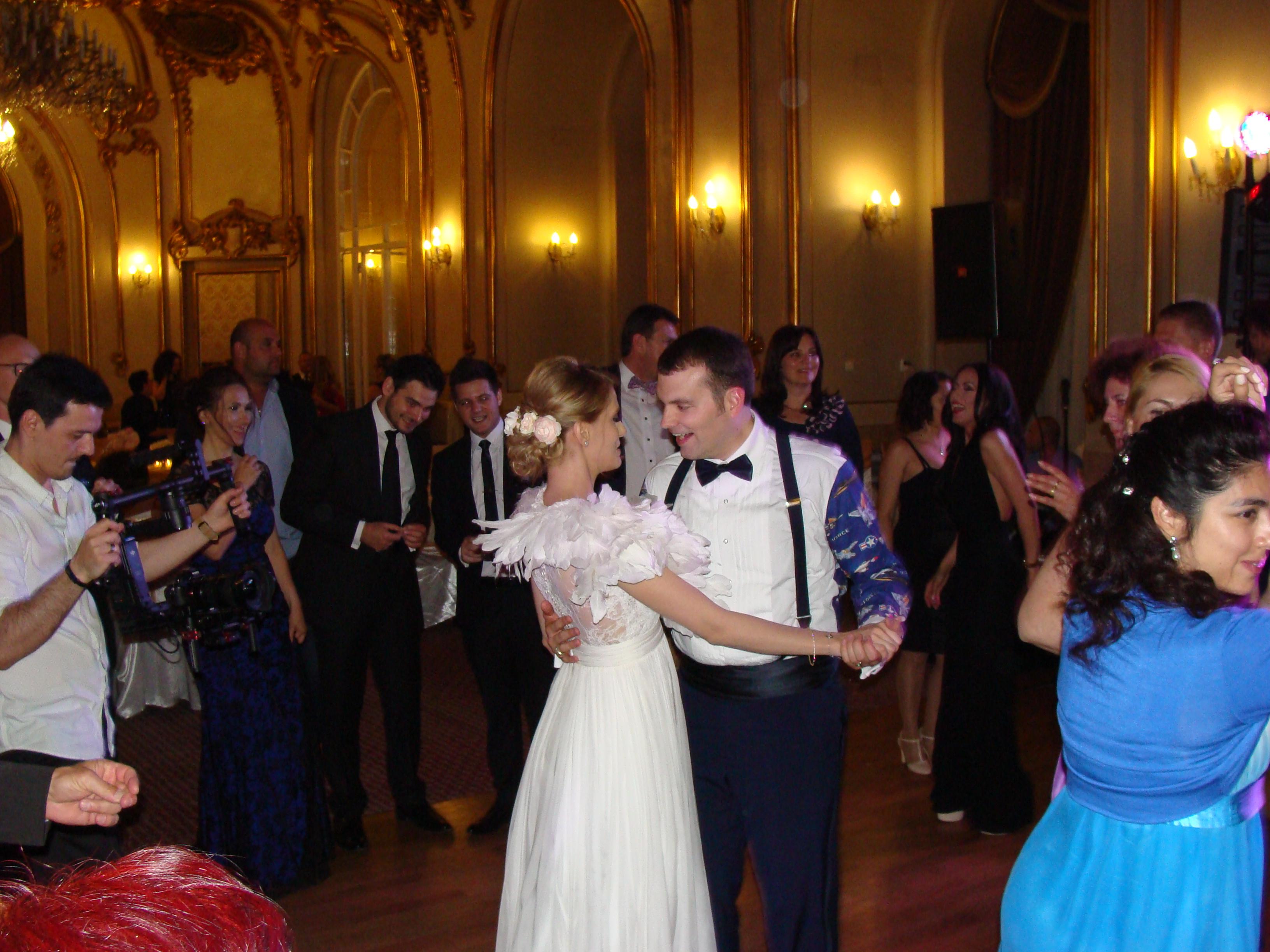 Comparatii potrivite intre formatii nunta