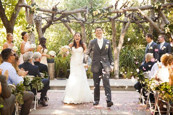 Cum sa ai o petrecere reusita la nunta si invitati multumiti?