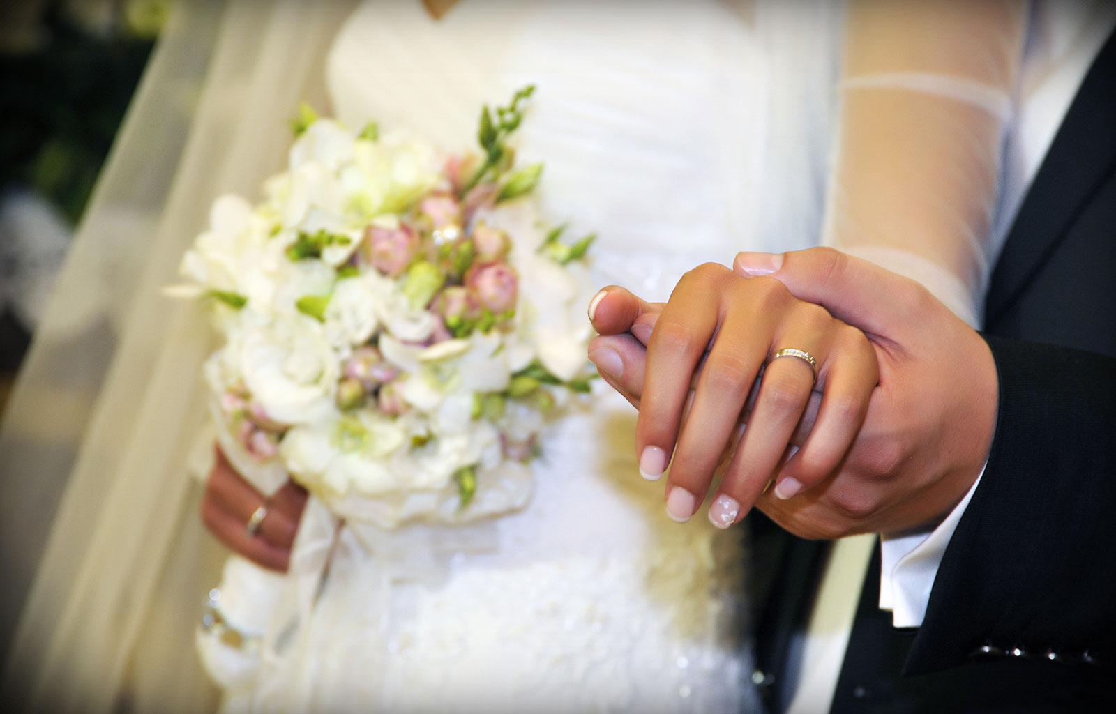 4 motive pentru a alege o formatie nunta