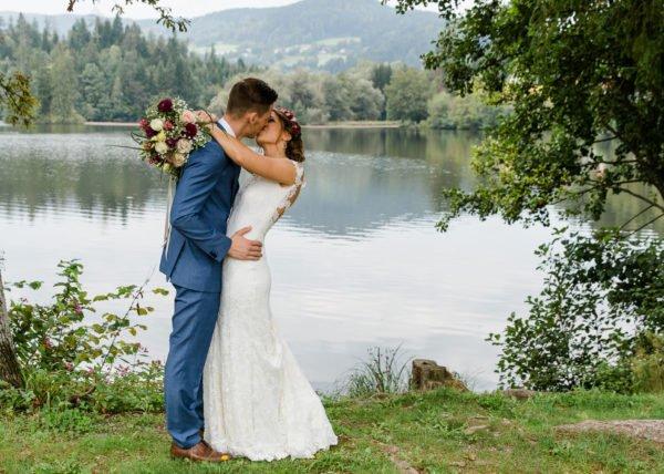 Ce trebuie sa cautam la o formatie nunta?