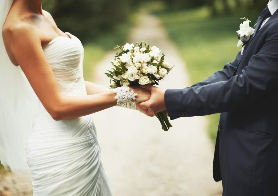 4 sfaturi pentru alegerea unei formatii nunta