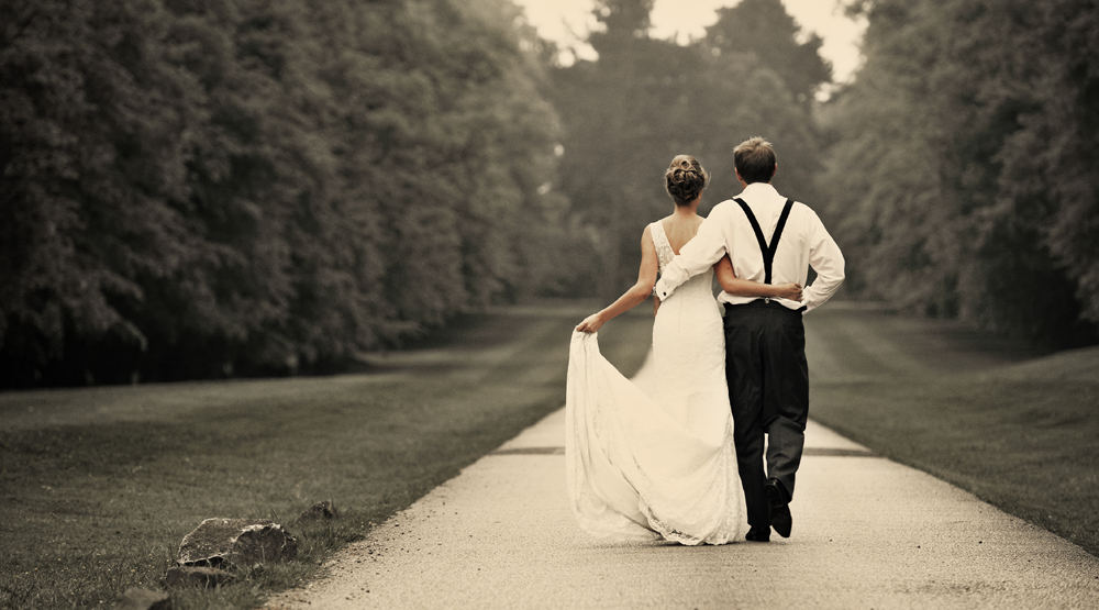 4 recomandari pentru a alege cea mai buna formatie pentru nunta