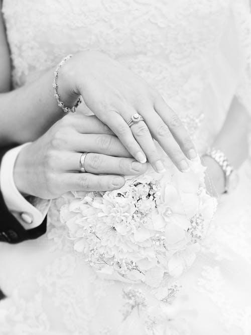 3 aspecte de care trebuie tinut cont pentru a alege o formatie nunta