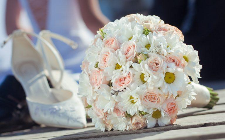Caracteristicile unei formatii nunta profesionsite