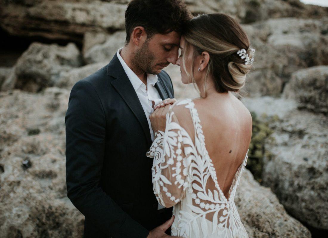 Cine da tonul la nunta ta?