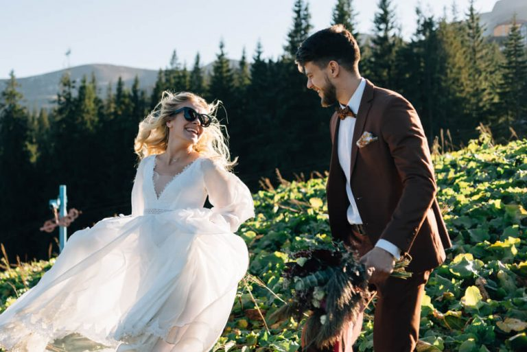 5 avantaje oferite de catre o formatie nunta