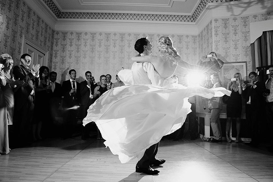 5 pasi simpli in alegerea unei formatii nunta Bucuresti