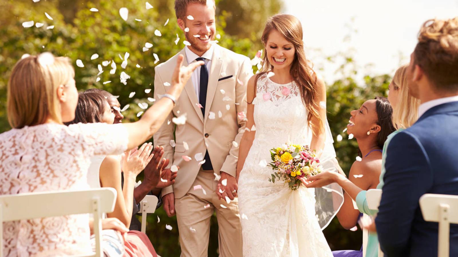 Primiti cu nunta?