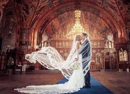 Cand sa incepeti cautarile unei formatii nunta Bucuresti?