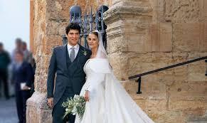 Nunta te duce cu gandul la…