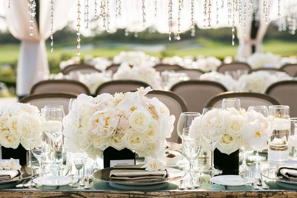 Nunta la cort sau nunta la local?