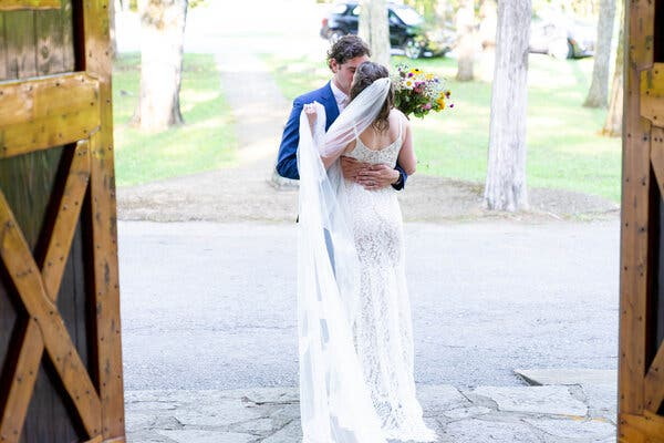O formatie nunta care pune suflet la evenimente!